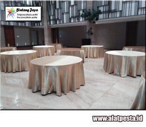 Jasa Rental meja Bulat dilengkapi taplak meja berkualitas