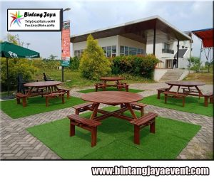 Penyewaan Meja Taman Bulat di Bandung
