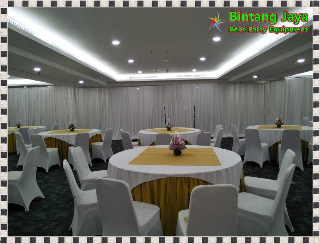 Sewa Meja Bulat Dengan Pilihan Cover Bervariatif di jakarta pusat Pelayanan 24 Jam